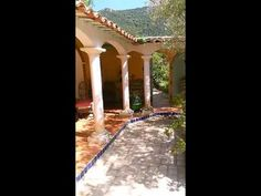Chambres d hotes Castelmau au Lavandou - YouTube Provence, Pergola, Outdoor Structures, The Originals, World, Vacation Places, Bedrooms, The World, Arbors