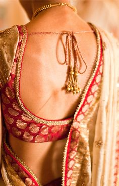 A simple blouse, and a lovely, lovely back! :) #wedding #saree
