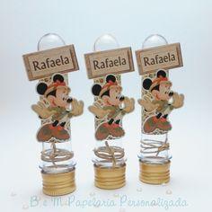Tubete 13cm decorado com o tema Safari Disney. <br> <br>Perfeito para decorar a mesa e para lembrancinhas. <br> <br>Personalizamos em qualquer tema.