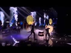 Imagine Dragons - Radioactive AMA Performance (American Music Awards 201...