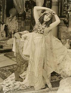 Theda Bara, Cleopatra
