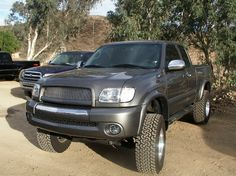 Toyota Tundra 2006 Tundra, 2000 Toyota Tundra, Toyota Trucks, Cars And Motorcycles, Hot Wheels, Cool Cars, Taco Ideas, 4x4, Vehicles