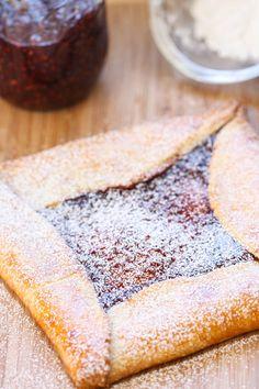 Raspberry Jam Crostata by www.eatliverun.com