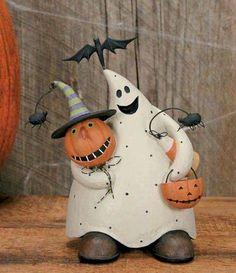 Williraye Studio Halloween Figures at Fiddlesticks, Dallas, TX Halloween Clay, Halloween Ghosts, Halloween Town, Holidays Halloween, Vintage Halloween, Halloween Pumpkins, Halloween Crafts, Happy Halloween, Halloween Decorations