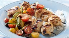Check out this delicious recipe for Chicken Breast Kabobs with Harissa and Cucumber-Tomato Salad from Weber—the world's number one authority in grilling. Healthy Grilling, Grilling Recipes, Cooking Recipes, Healthy Recipes, Healthy Dinners, Healthy Food, Harissa Chicken, Coconut Curry Chicken, Chicken Recepies