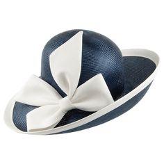 Chapeau de Mariage Lily bleu marine WHITELEY