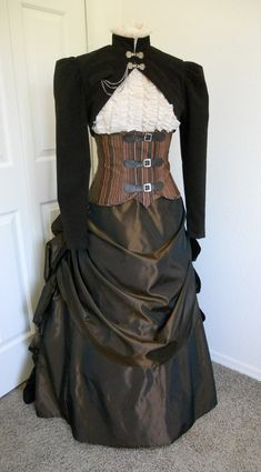 Beautiful layered Steampunk costume in earth tones