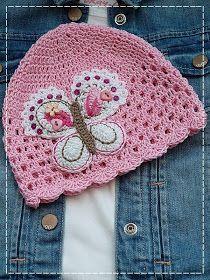 Nějakou dobu jsem vás teď šidila s háčkováním, tak vám snad udělá radost návod na jednu jednoduchou háčkovanou čepičku s šachovnicovým vzor... Newborn Crochet Patterns, Crochet Kids Hats, Crochet Beanie Hat, Crochet Girls, Crochet Baby Clothes, Knitted Hats, Crochet Stitches, Knit Crochet, Crochet Projects