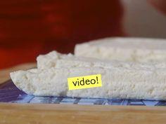Queso casero: como hacer queso fresco! Yogurt, Cheese, Food, Beverage, Pastries, Food Cakes, Recipes, Condensed Milk, Hoods