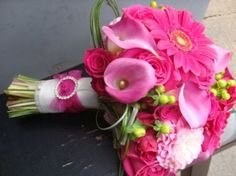 bridal bouquets pink and green 1