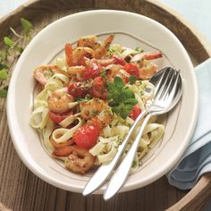 Pittige tagliatelle met scampi's 8 propoints pp Ww Recipes, Seafood Recipes, Italian Recipes, Pasta Recipes, Healthy Recipes, Weight Watchers Pasta, Clean Eating, Healthy Eating, Healthy Eating Recipes