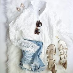 Dainty + Distressed