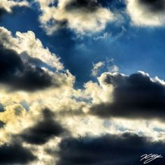 2012/08/25 Photo Diary: Cloud  太陽が雲の中に隠れ、影の明暗のある空。  Bright and dark sky.  / Photo / NIKON D3100 / Cloud / Tokyo (F/8, ISO800, 1/125s, -0.67ev)