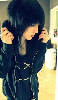 Katrina September Monroe. Love her Nirvana shirt btw cx ❤
