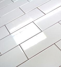 Carrelage mural loft cubi blanc carrelage mural - Carrelage metro blanc mat ...