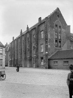 Breda. Kloosterkazerne. 1906.