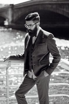 We interview our first style ambassador: Chris John Millington getting the scoop on style, eyewear and his dream dinner party guests. Beard Suit, Sexy Beard, Chris John Millington, I Love Beards, Modern Mens Fashion, Beard Tattoo, Hair And Beard Styles, Modern Man, Hot Boys