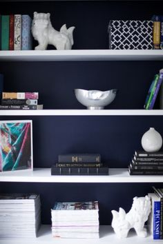 Best Navy Blue Paint Colors - 8 of my Favs!Benjamin Moore Old Navy : Navy In the backs of the built-ins Living Room Blue Bookshelves, Painted Bookshelves, Ikea Bookcase, Bookcases, Paint Bookshelf, Library Shelves, Dark Blue Walls, Navy Walls, Blue Paint Colors