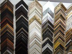 Molduras de calidad para enmarcar tus mejores recuerdos Multi Story Building, Moldings, Souvenirs, Store, Get Well Soon