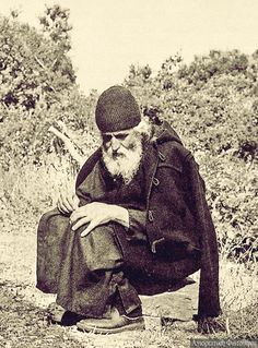 Our goal is to keep old friends, ex-classmates, neighbors and colleagues in touch. Saint Nicholas, Priest, Gods Love, Christianity, Saints, Spirituality, Pictures, Serbian, Icons