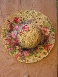 #Cappello in paglia  con decoupage di Ivana Magri www.ivanamagri.it ivanamagri@ivanamagri.it