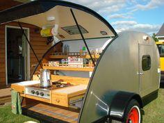Cute camper for 2!