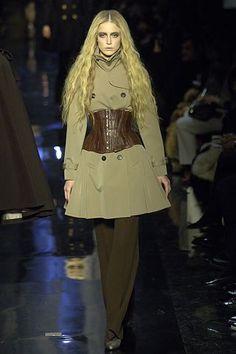 Jean Paul Gaultier Fall 2006 Ready-to-Wear Fashion Show - Raquel Zimmermann