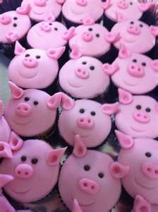pink piggy cupcakes - oink oink!!!!!