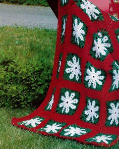 Christmas-Wrapping-afghan-maggies-crochet-pattern The Christmas Wrapping Afghan uses three different colors of worsted weight yarn and a size I-9 crochet hook. We used red, green, and white to make a holiday inspired throw.