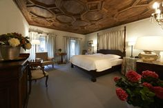 Schloss Englar in Eppan Hotels, Tuscany, Castle, Villa, Italy, Mansions, Bed, Furniture, Home Decor