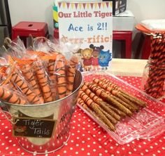 Ace's Daniel Tiger Birthday Party. DIY tiger tail treats.