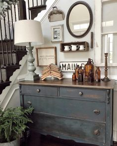 20 Farmhouse Christmas Entryway and Bathroom Decor 20 Farmhouse Christmas Entry. 20 Farmhouse Christmas Entryway and Bathroom Decor 20 Farmhouse Christmas Entryway and Bathroom De Country Farmhouse Decor, Farmhouse Design, Farmhouse Style, Industrial Farmhouse, Farmhouse Ideas, Farmhouse Remodel, Farmhouse Kitchens, Country Chic, French Country