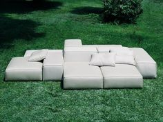 Sectional upholstered sofa EXTRASOFT Garden Sofa Collection by Living Divani Outdoor Sofa, Outdoor Areas, Outdoor Fabric, Outdoor Seating, Outdoor Living, Outdoor Furniture Sets, Sofa Design, Furniture Design, Space Furniture