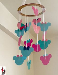 Disney Baby Inspired DIY Minnie Mouse Mobile @walmart  #MagicBabyMoments- Rattles & Heels