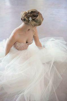 Ethical Wedding Gowns ✈ Janita Toerien #weddingdress #weddinggown #gorgeousdress