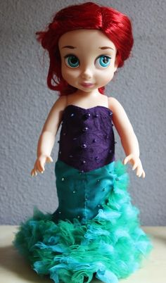 Couture version of Ariel's outfit. Very nice. Disney Baby Dolls, Disney Princess Toys, Disney Babys, Cute Princess, Sewing Doll Clothes, Girl Doll Clothes, Girl Dolls, Pretty Dolls, Cute Dolls