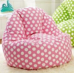 Create a comfy hangout space with Pottery Barn Teen's lounge seating and teen lounge chairs. Shop teen room chairs in many styles, and colors. Lounge Seating, Lounge Sofa, Extra Seating, Puff Gigante, Teen Lounge, Polka Dot Chair, Pb Teen, Ideias Diy, Sofa Seats