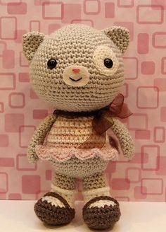 Ravelry: Amigurumi Calliope Cat pattern by Little Muggles