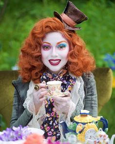 Charis Lincoln as the Mad Hatter from 'Alice Through the Looking Glass'