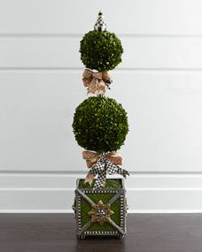 MacKenzie-Childs Tulip Check Boxwood Topiary