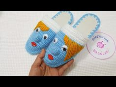 Crochet Shoes, Istanbul, Coin Purse, Make It Yourself, Model, Diy, Fuzzy Slippers, Shoes, Over Knee Socks