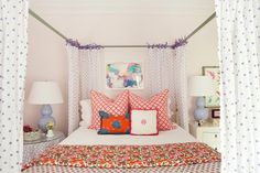 Pale pink walls, red & purple accents, white furniture & bedding. Love the lilac gourd lamps. Ideas for Vivian's room.