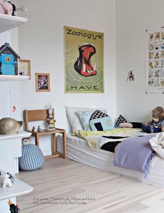 lots of fun room decor, but still very stylish kids room. love the washi tape on the art print/poster | Lille Nord Magazine