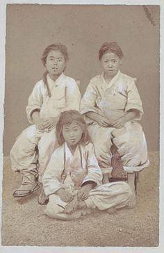 """Boy peddlers"" ca. 1878 Natl Anthropological Archives SIRIS (Joseon Dynasty) Korea"