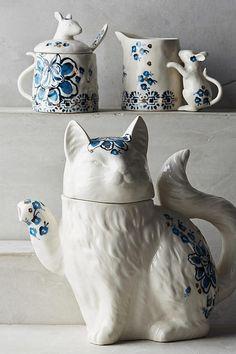 Elise teapot, sugar bowl, and creamer