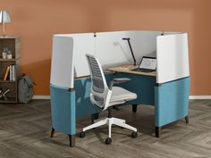 Brody Desk is a high-performing private workstation designed specifically for the in-between spaces in corporate and education environments.