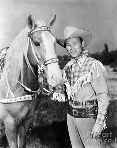Cowboy And Cowgirl, Cowboy Hats, Radios, Dale Evans, Roy Rogers, Rogers Tv, Tv Westerns, Cowboys And Indians, Thing 1