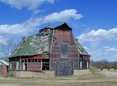 Old Octagon Shaped Barn in Central Minnesota