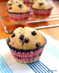 Eggless Banana Choco Chips Muffins