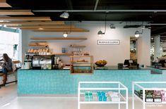 Haz que el azulejo sea el protagonista del diseño de tu local y así impactar al cliente. // www.area.com.gt